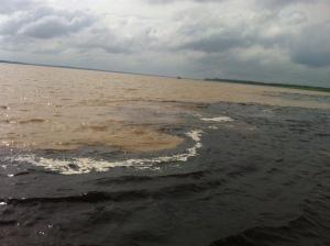 Zusammentreffen der zwei Flüsse (Blau- und Braunwasserfluss)