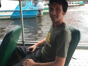 Ablaz auf dem Speedboot